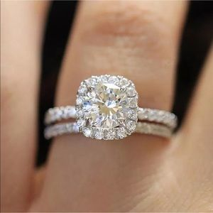 🥂 Lovely White Sapphire 2 pc Set in .925